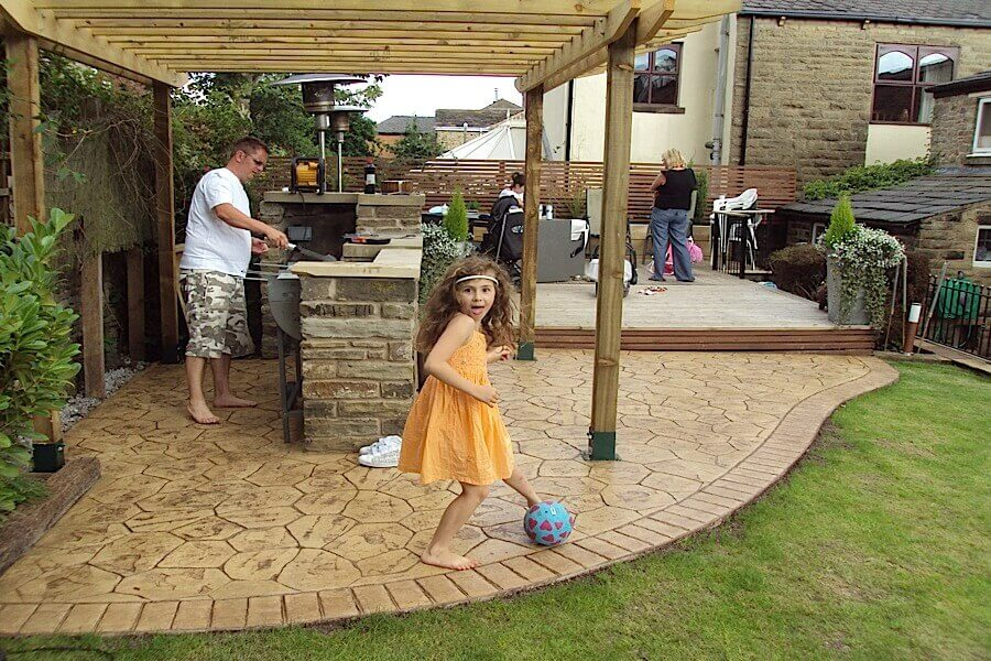 concrete patio ideas with bbq area