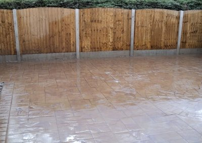 Fresh seal surface with fencing