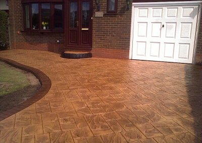 driveway-ashlar-diamond-acis-stained