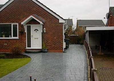 driveway-bootstown-worsley-pattern-imprinted-concrete