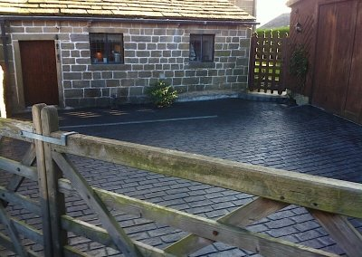 driveway-cobble-farmhouse