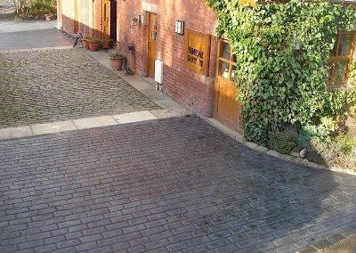 driveway-forecourt-pattern-imprinted-concrete