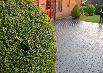 driveway-old-english-cobble-classic-grey-greenmount