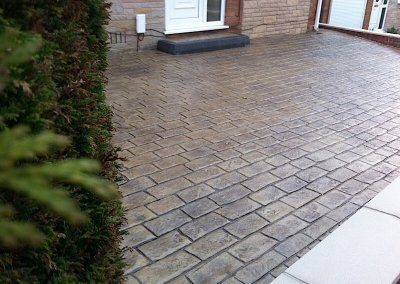 driveways-large-fake-cobble-setts