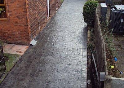 driveways-pattern-imprinted-concrete-charcoal