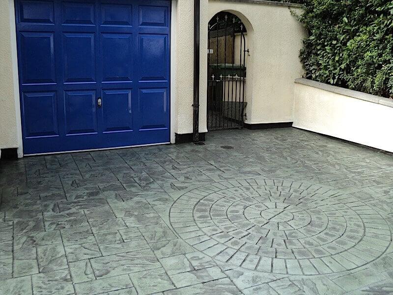 grey-slate-printed-concrete-driveway