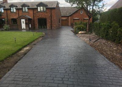 Cobble driveway