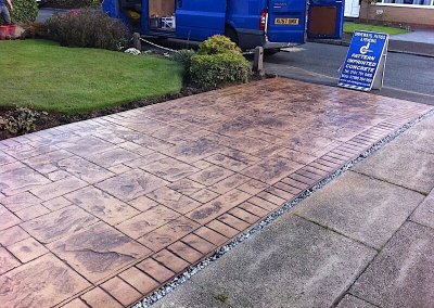 pattern-imprinted-concrete-driveway-tottington