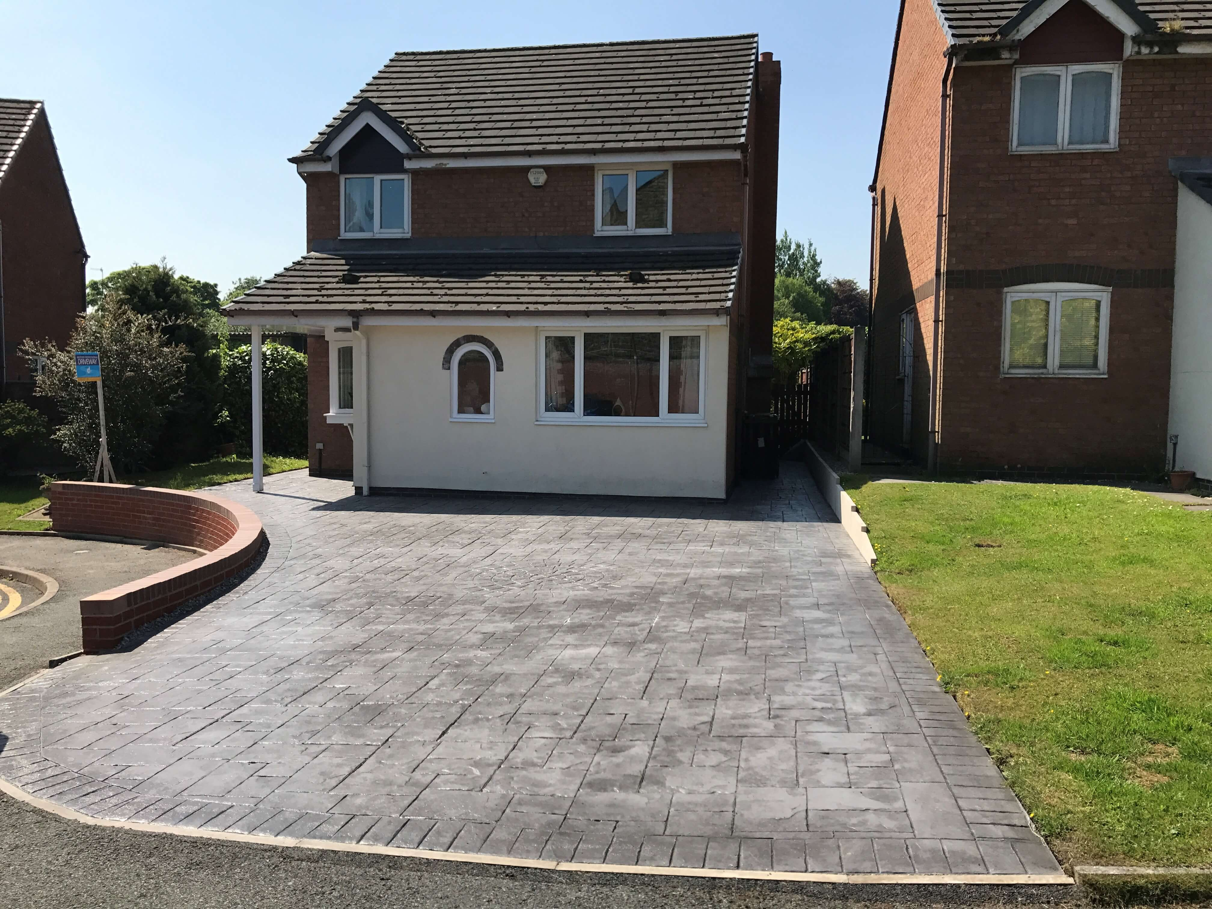 Driveway ideas design options complete driveway designs Home driveway design ideas