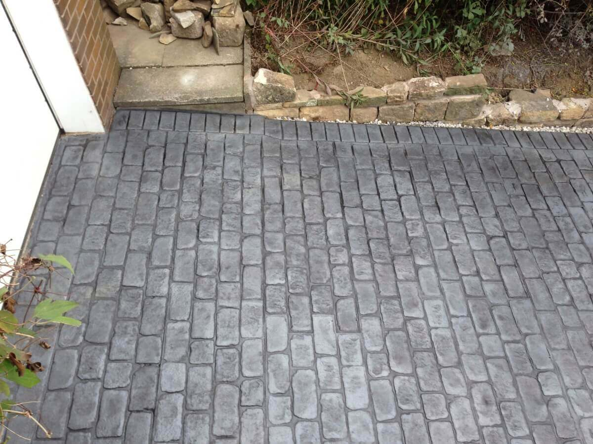 Cheshire Cobble Pattern in Platinum Silver