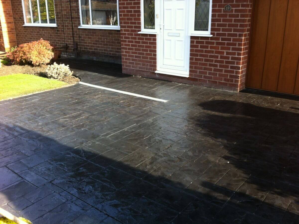 North west concrete driveways complete driveway designs ltd for Concrete driveway designs