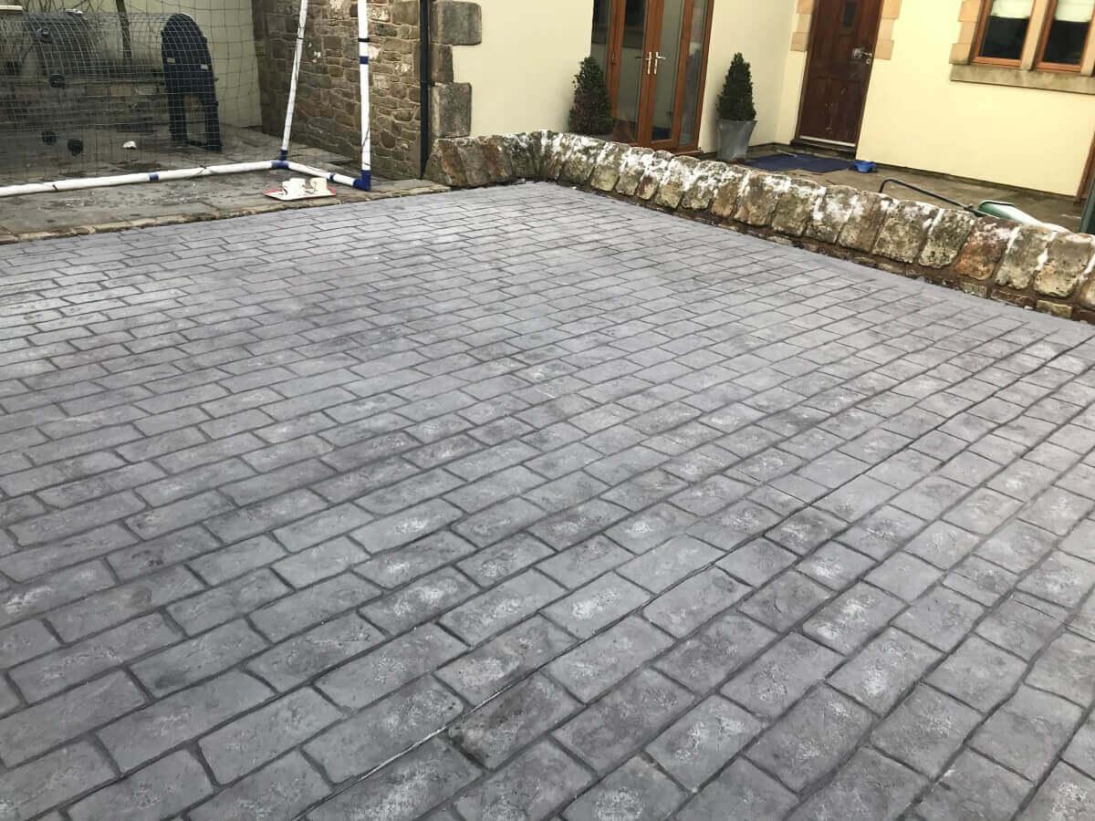 Pattern_Imprinted_Concrete_Driveway