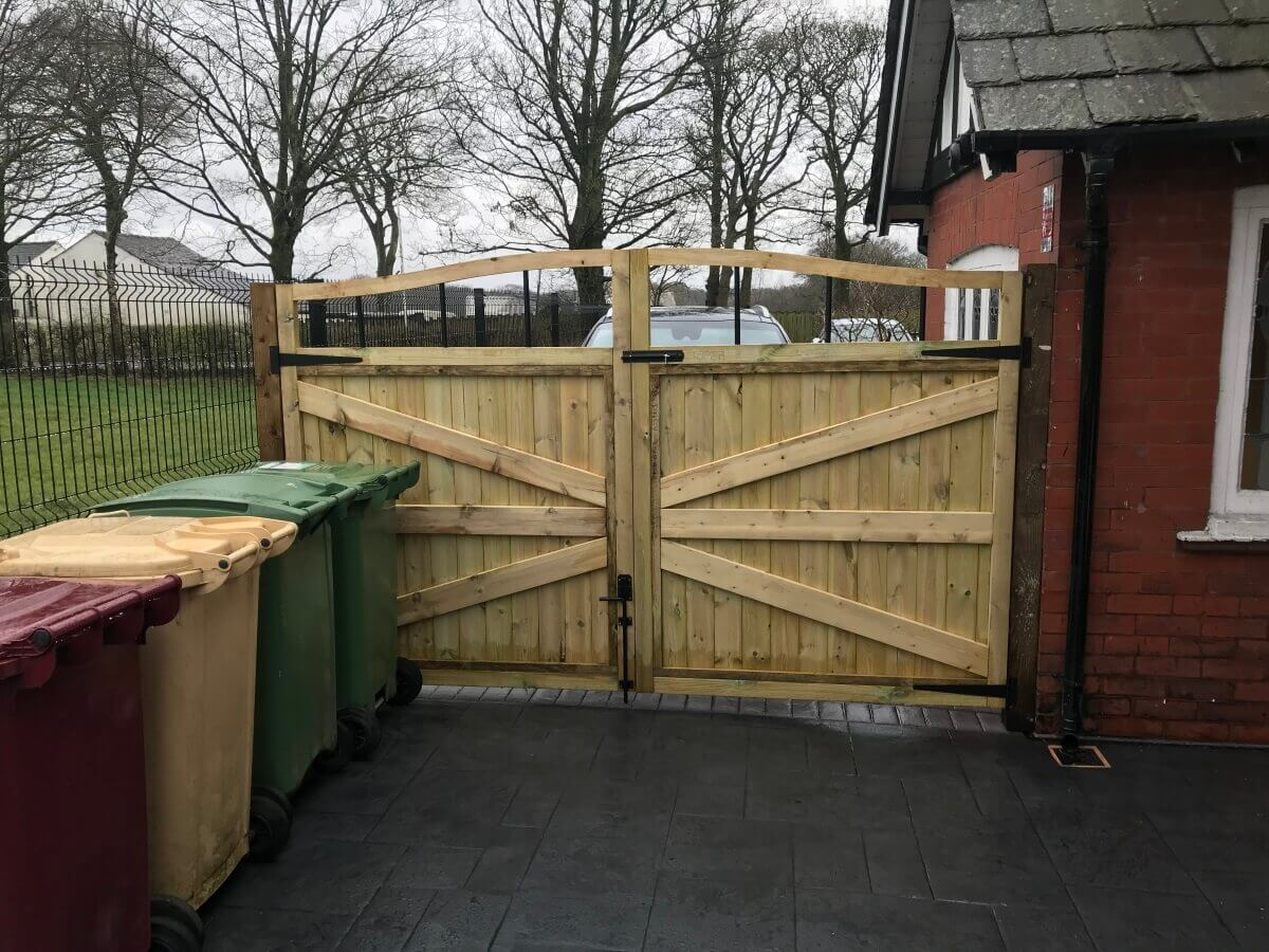 Imprinted Concrete Patio and Gate Bolton