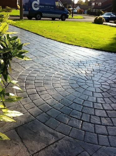 driveway-bolton-classic-grey-circle