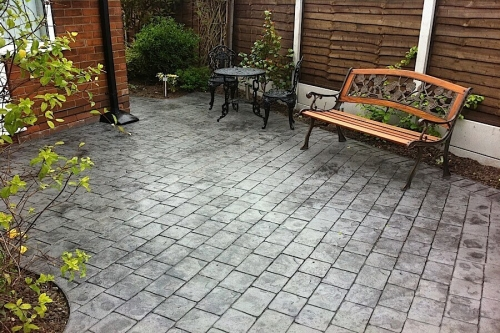 Cobble style patio