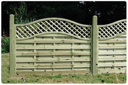 omega-lattice-top-fence-panels